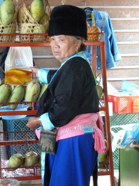Bus traveler Chiang Rai
